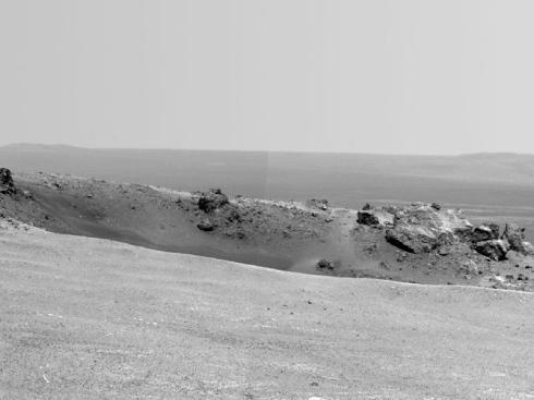 Odyssey crater on the rim of Endeavour crater
